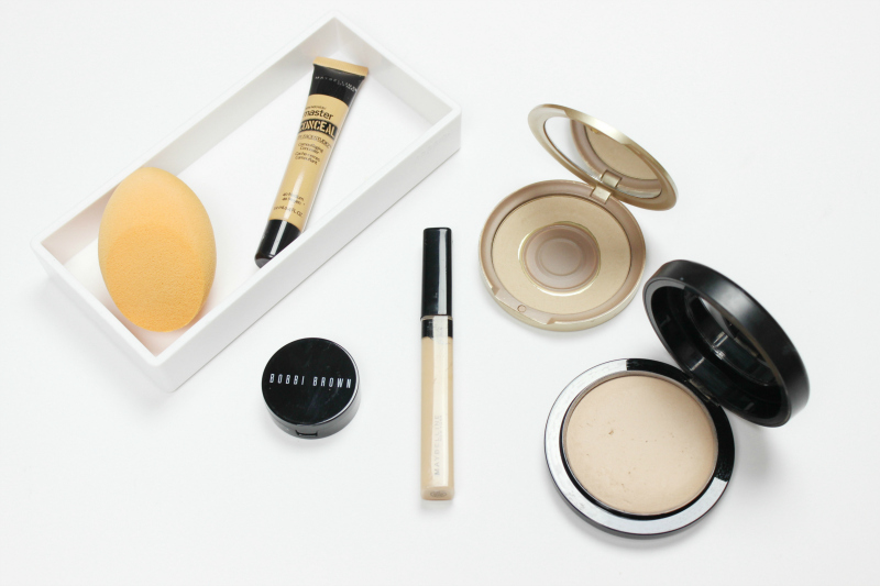 The Right Way To Conceal Dark Under Eye Circles Using Color Correctors like Bobbi Brown Corrector