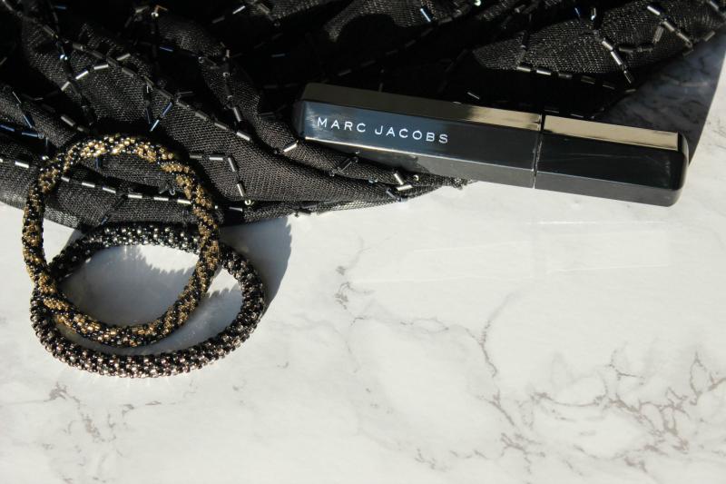 Marc Jacobs Velvet Noir Mascara Review and Demo