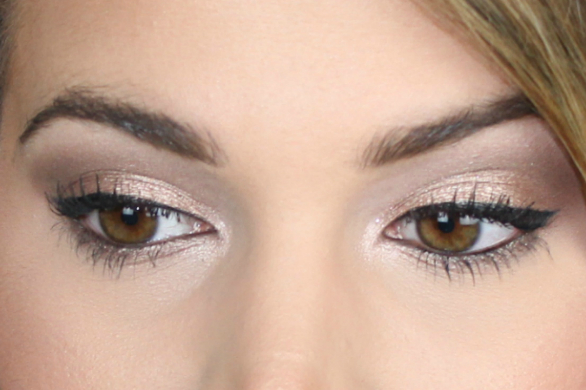 Easy Urban Decay Naked Palette looks super natural look using Sidecar, Naked and Buck on brighterdarling.com