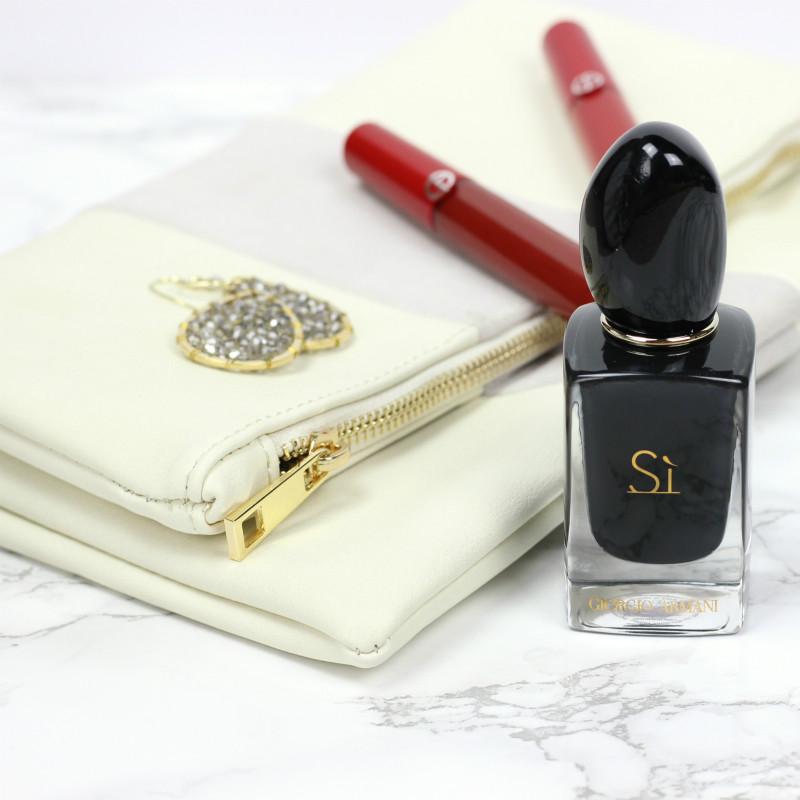 New In Beauty | Giorgio Armani Si Intense Perfume