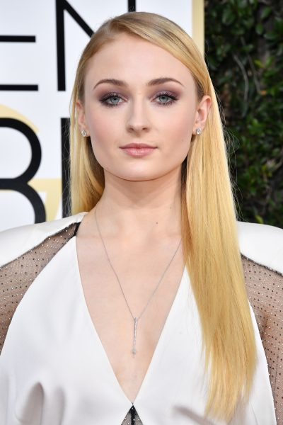 Sophie Turner Golden Globes 2017 Makeup