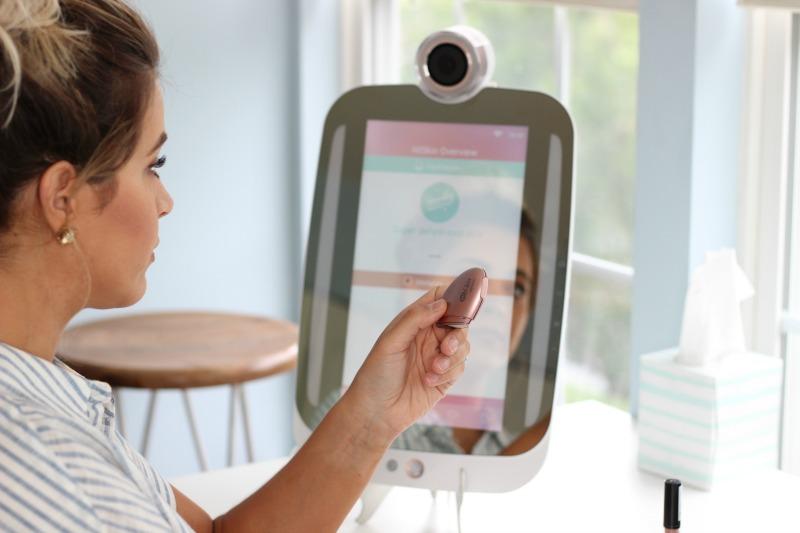 HiMirror Plus HiSkin Skin Analyzing Tool that measures skin's hydration and melanin
