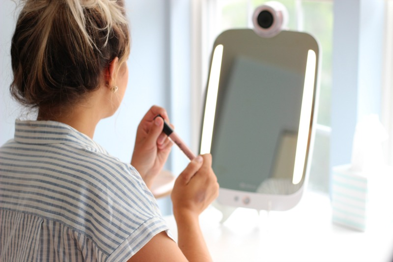 HiMirror Plus Review LED Ambient Makeup Lights