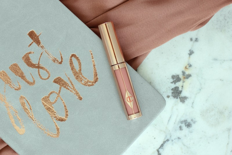 Charlotte Tilbury Hollywood Lips Review in Rising Star