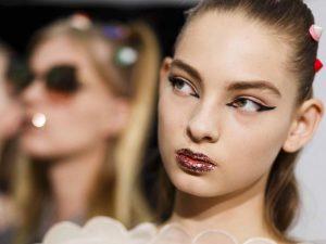 graphic eyeliner | Save vs Splurge Beauty Trends Fall 2017