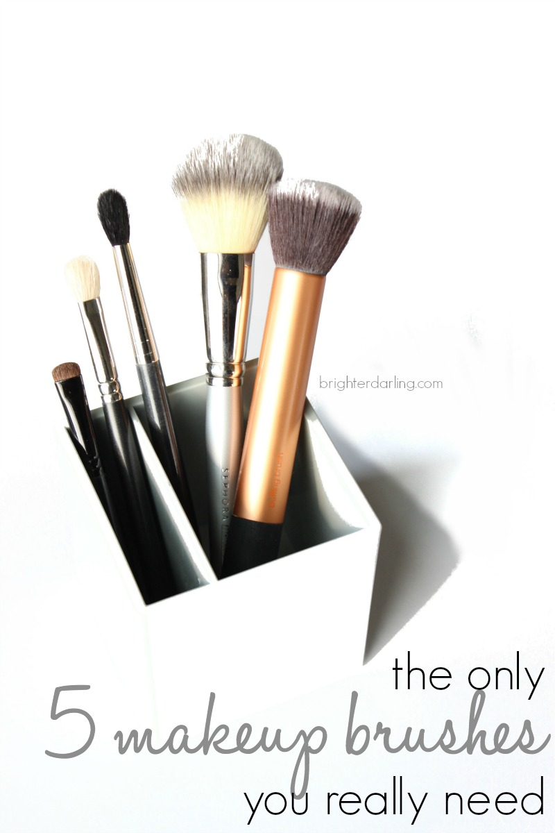 The Only 5 Makeup Brushes You Really Need | Brighterdarling.com | Sephora MAC Real Techniques