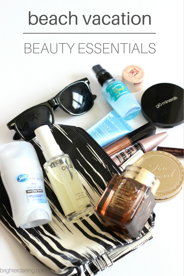 BEACH VACATION BEAUTY ESSENTIALS - What's In My Travel Makeup Bag - Beach Edit