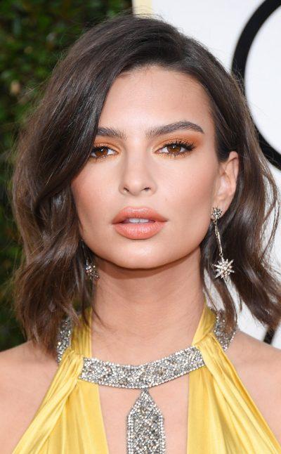 Emily Rata Golden Globes makeup 2017