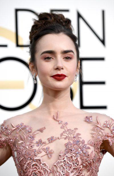 Lily Collins Golden Globes 2017 makeup