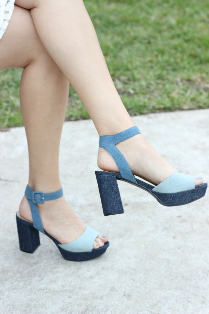 MARC FISHER FOOTWEAR | Meliza Sandal in Chambray | Spring Shoes