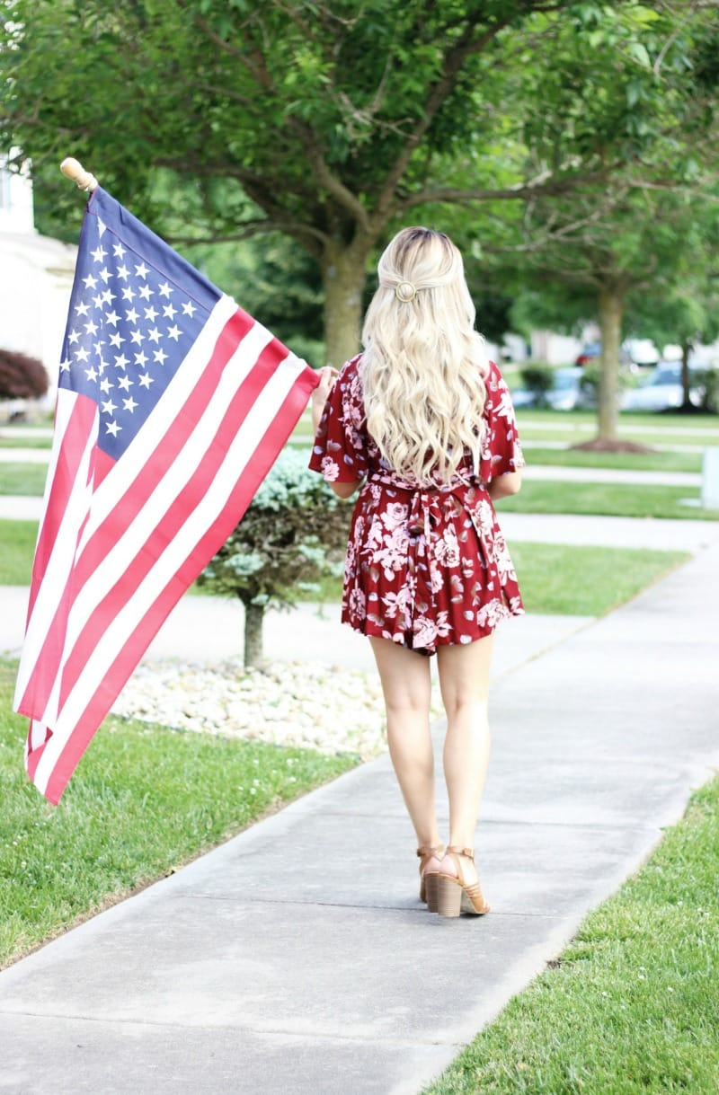 Affordable Fourth of July Outfit and Makeup | Ash Blonde Hair Extensions by LUXY HAIR | Red Floral V Neck Romper | Rompers for Short Girls