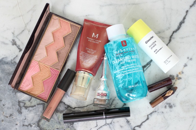 6 Product Effortless Summer Makeup Look | By Terry Savannah Love Palette, MAC Beaux Lipglass, Missha Perfect Cover BB Cream, Benefit Ka Brow, Chanel Le Volum de Chanel, Charlotte Tilbury Amber Haze, Erborian Micellar Water, Glossier Invisible Shield