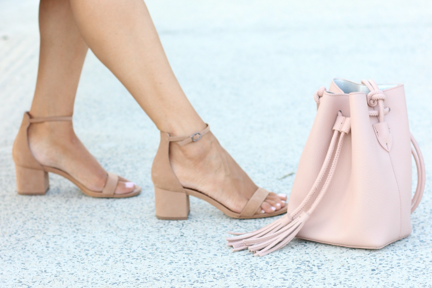 Nude Low Block Heel Steve Madden with Blush Pink Bucket Bag | Fall Fashion Staples