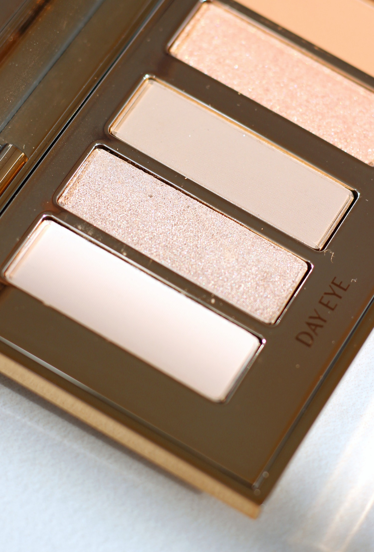 Charlotte Tilbury Instant Eye Palette Review | Close Up Day Eye