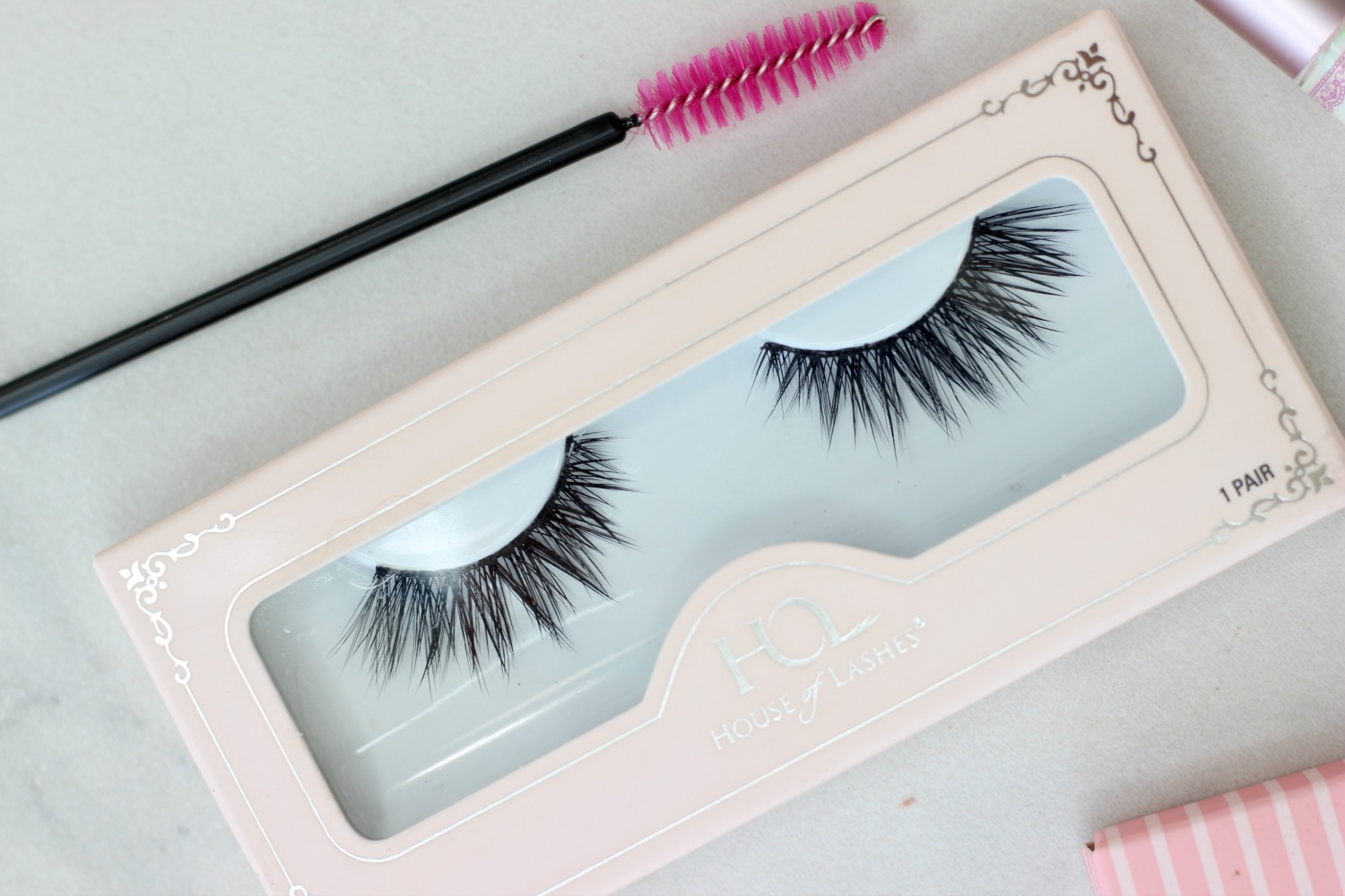 Trying Out House of Lashes Iconic Lite Review Semi Hooded Eyes