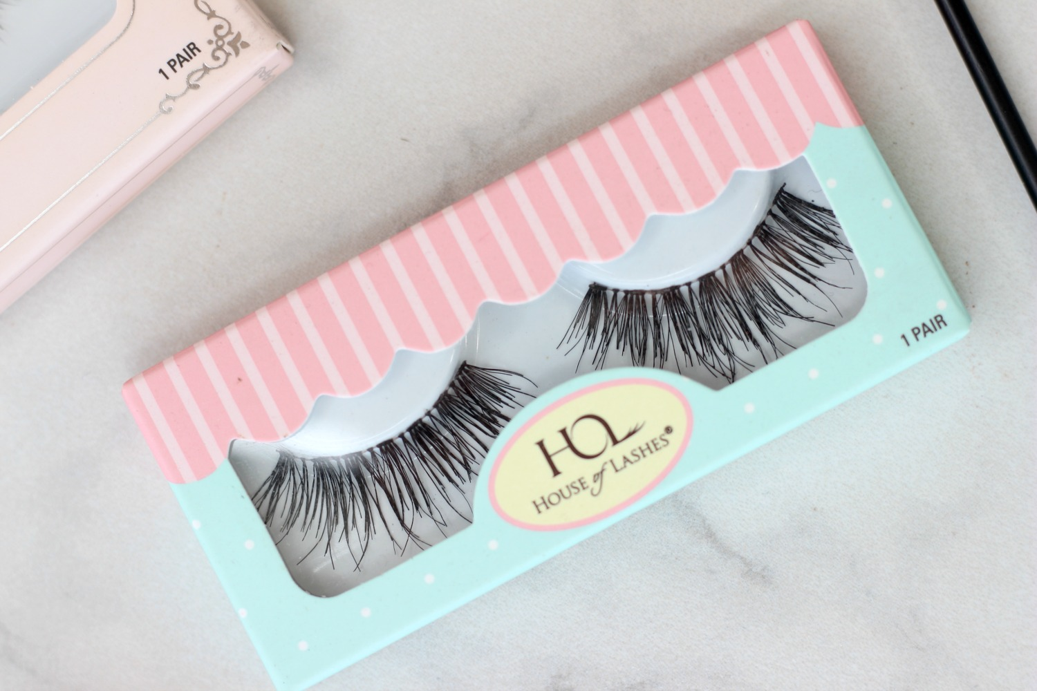 Trying Out House of Lashes Temptress Wispy False Lashes