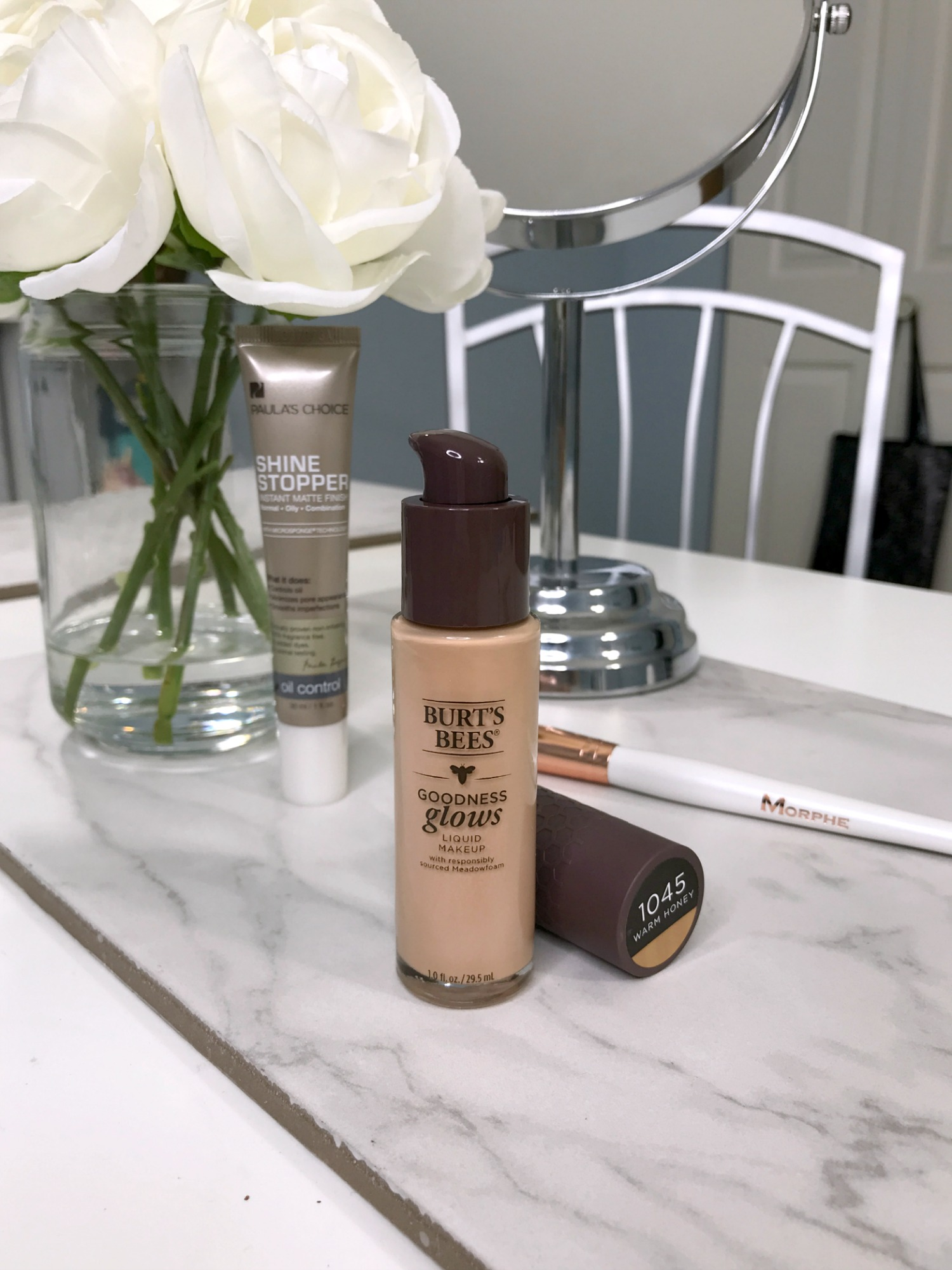 Burt's Bees Goodness Glows Foundation Review 1045 Warm Honey