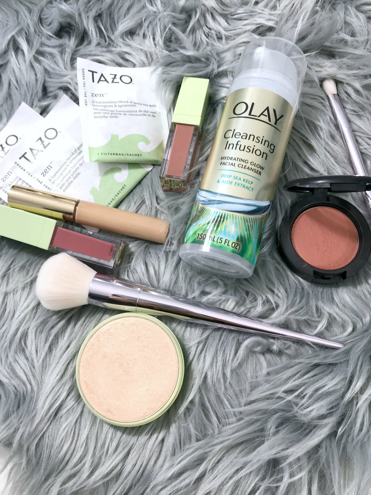 Time To Glow Up | New Beauty Habits For 2018 With Olay New Cleansing Infusions