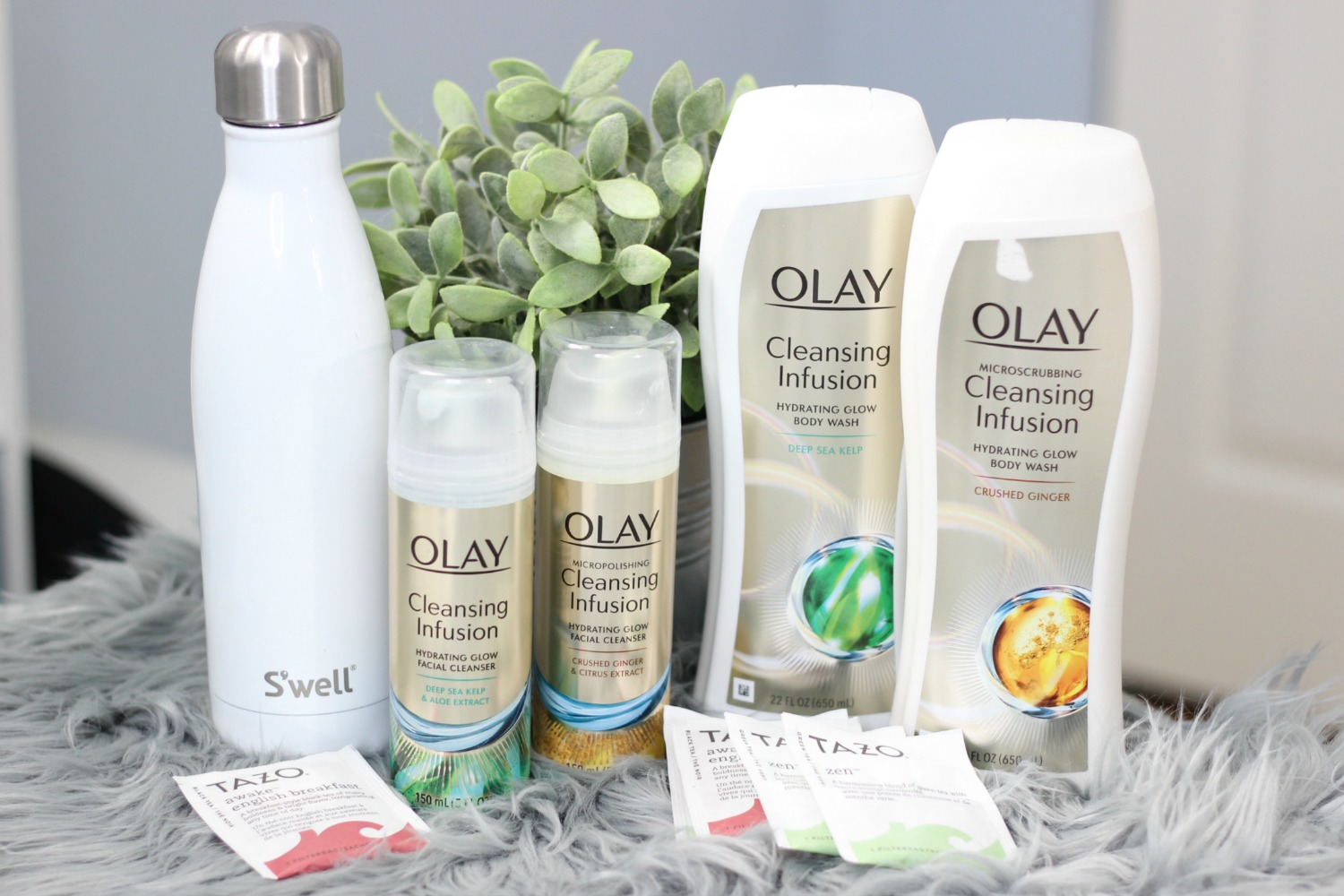 Time To Glow Up | New Beauty Habits For 2018 With Olay hero