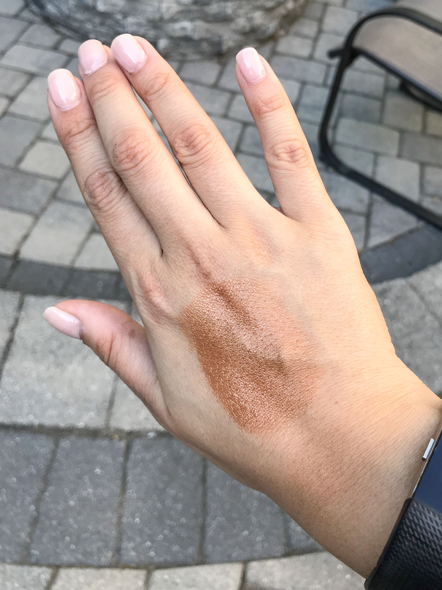 Drunk Elephant D Bronzi Review | Drunk Elephant D Bronzi Swatch on Medium Tan Skin
