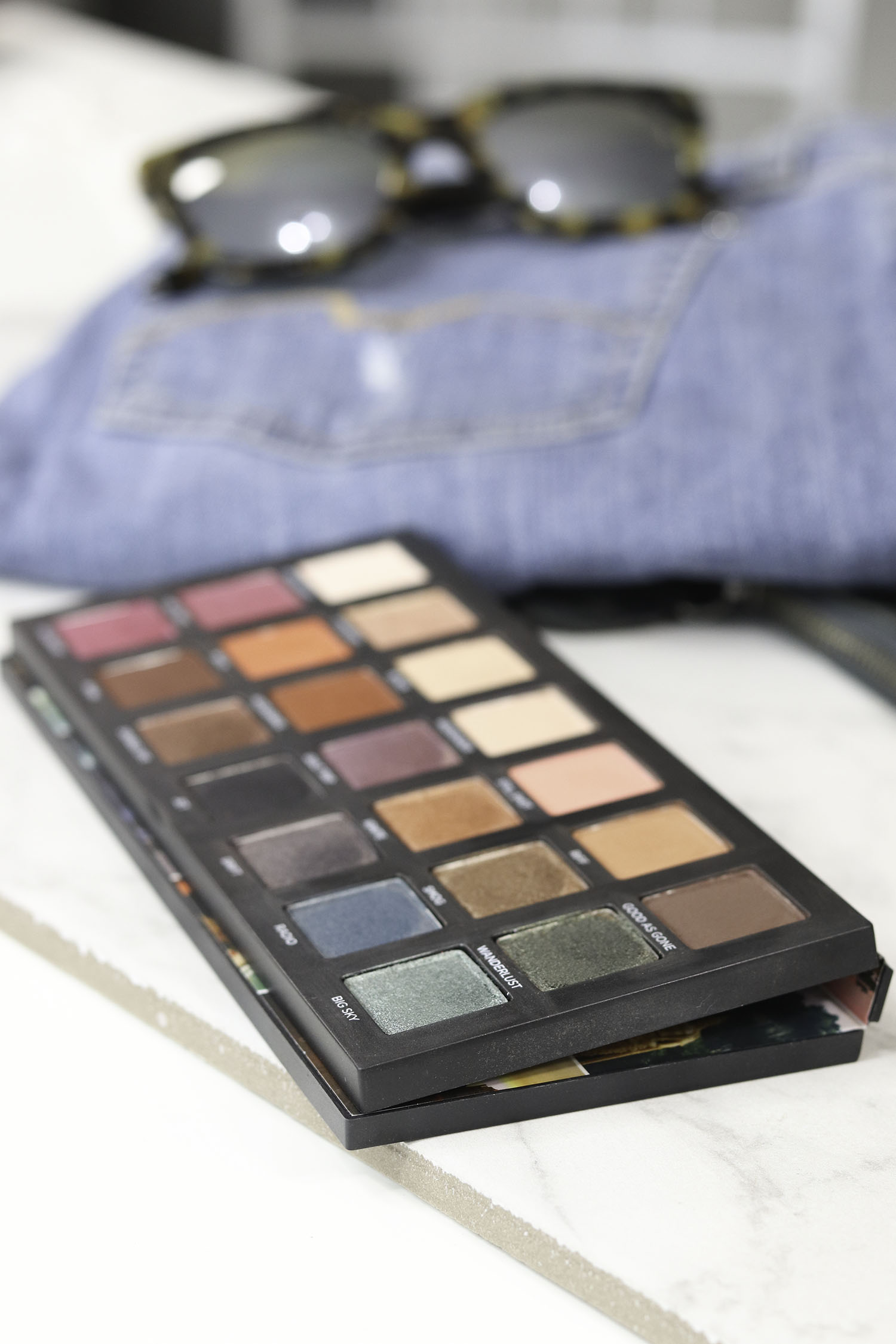 Urban Decay Born To Run In Depth Review with Eyeshadow Swatches