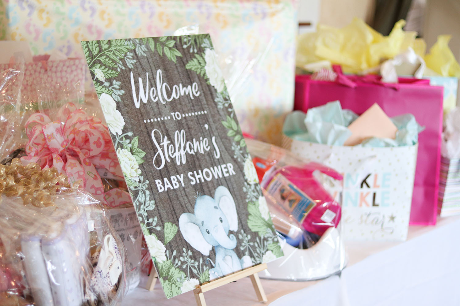 Simple Neutral Baby Shower For Baby Girl | Botanical Elephant Welcome Sign | Brighter Darling Blog