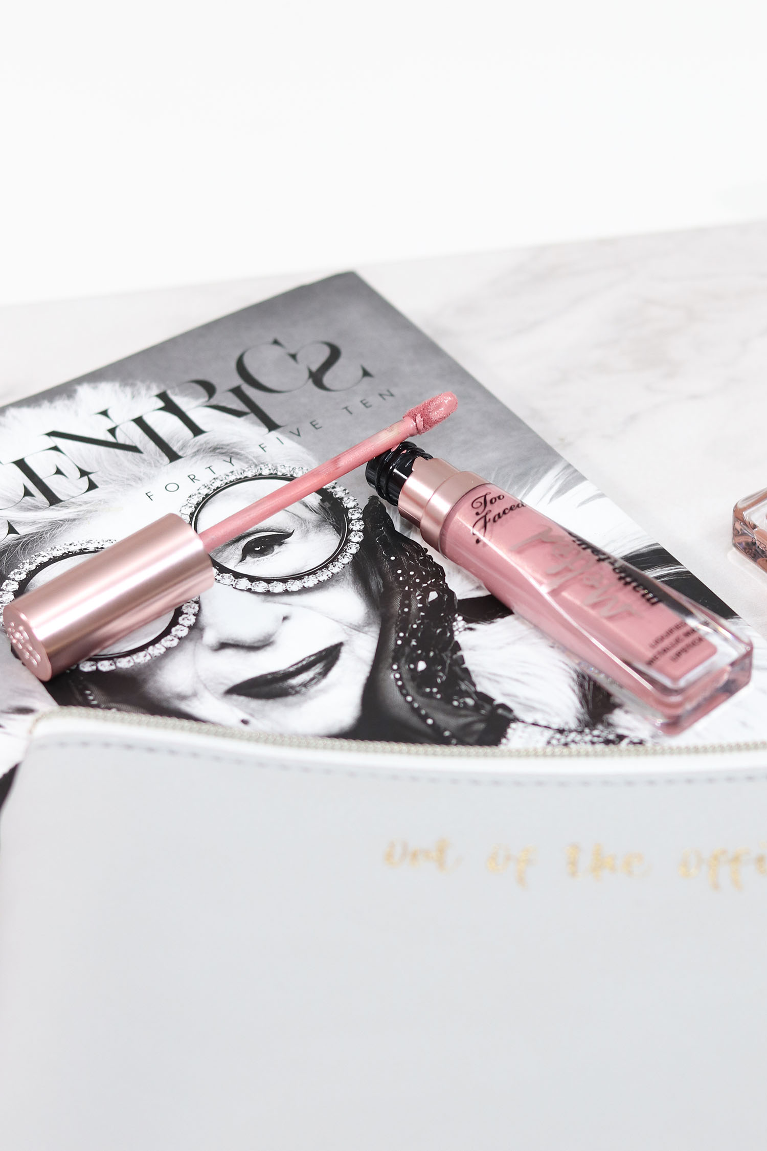 Too Faced Melted Matte-Tallic Liquified Lipstick Review | Close Up of Lipstick Applicator