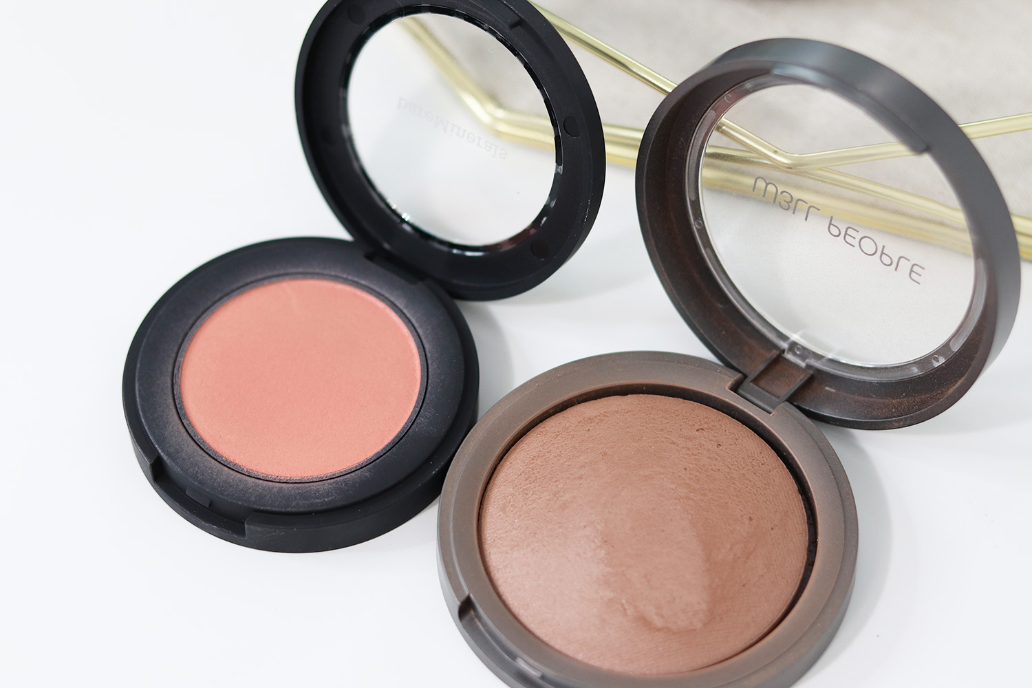 bareMinerals Bounce and Blur Blush W3LL People Bronzer